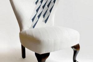 Silla con un tapizado moderno